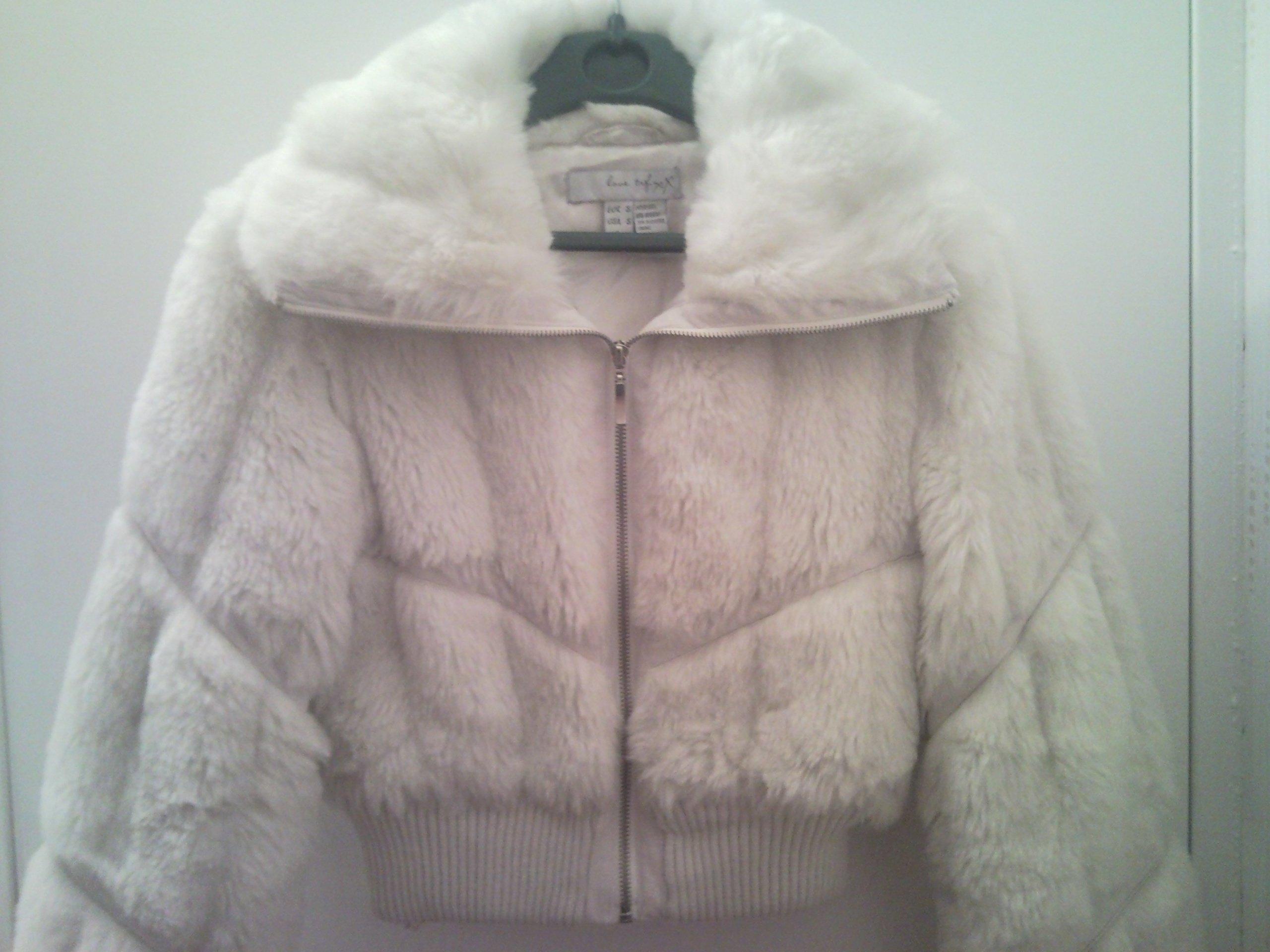 Prix veste fourrure blanche